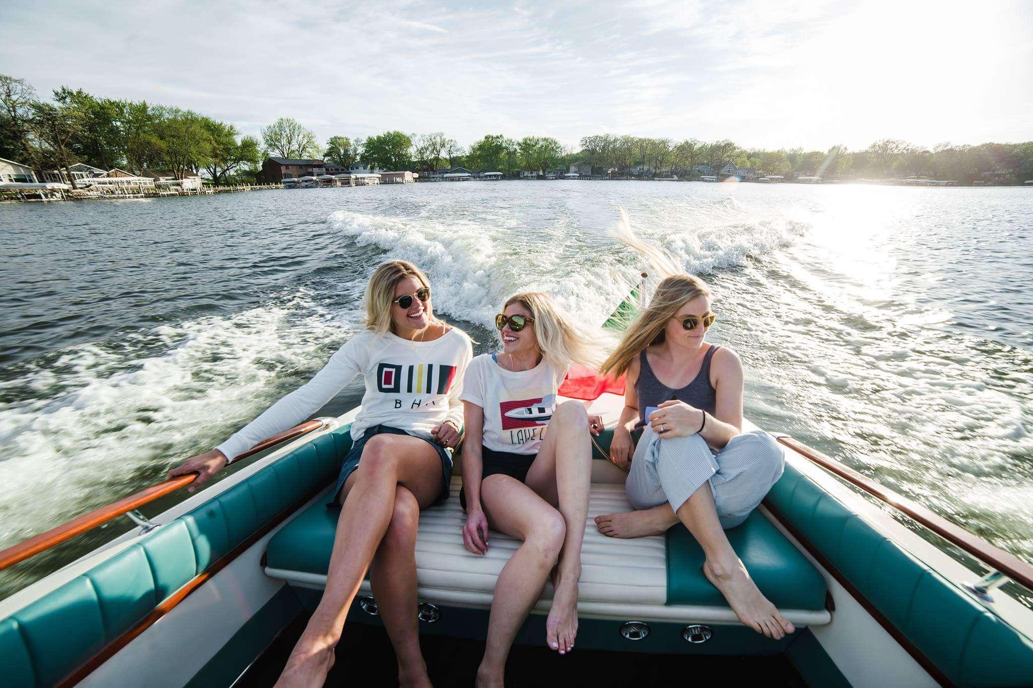 girls boating