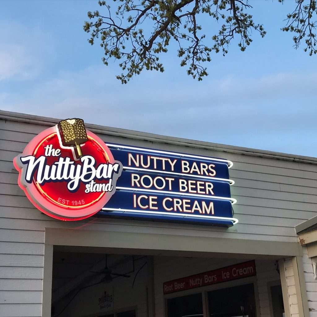 Nutty Bar Stand