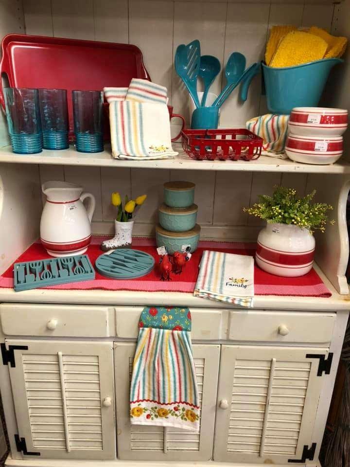 mary's Gift Shoppe